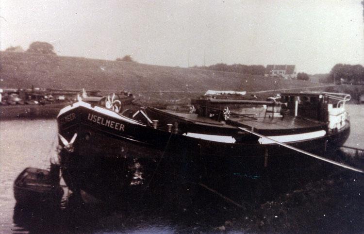 Het schip waar Harm tot zijn achtste woonde.